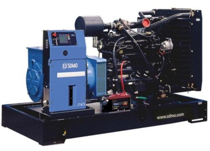 Фото: Дизельный генератор SDMO J 165K